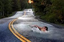 把马路画成这样,你还敢在上面开车么?
