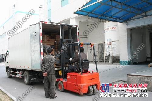 罗泾7吨叉车出租-货柜装卸-上海宝山区汽车吊牵引车出租