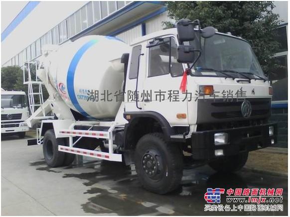 供应东风6方水机搅拌车价格