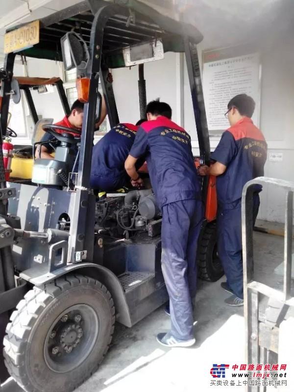 武汉市合力叉车专业维修