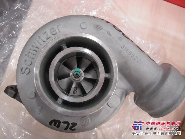 供应集装箱搬运机械发动机的涡轮增压器