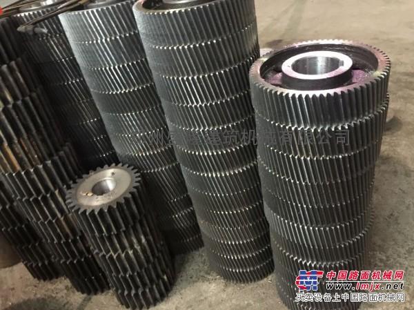 混凝土搅拌机全套齿轮配件减速机齿轮配件