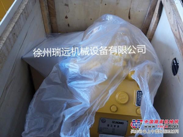 供应徐工装载机配件800302352  BS428变速箱
