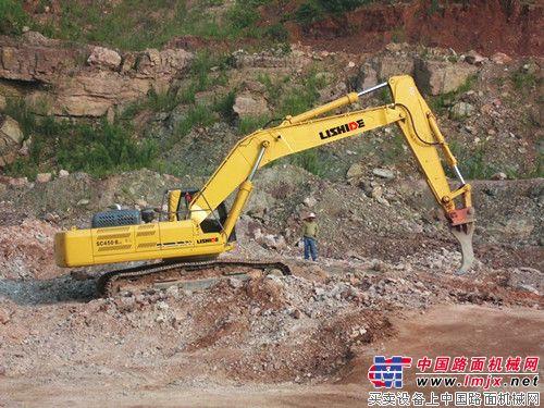 力士德两款特殊配置抓斗挖掘机推荐-挖掘机-力