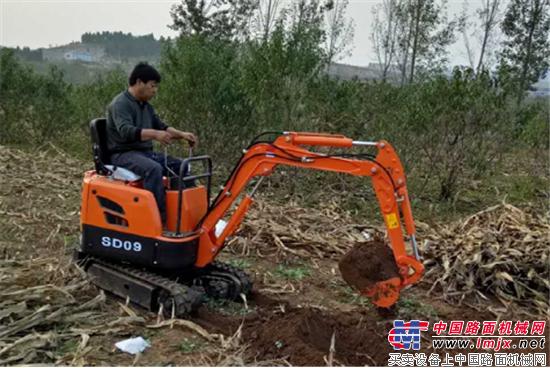 五万元以下的微型挖掘机山鼎SD09 更经济 更实用的选择图片