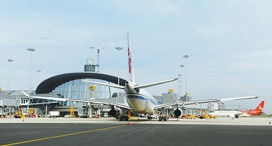 成都机场将改扩建:新增50个停机位