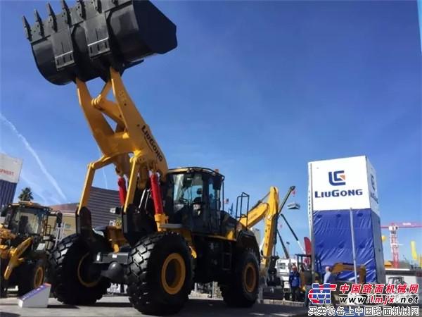 美国工程机械展会——你想要的柳工拉展视频来啦!
