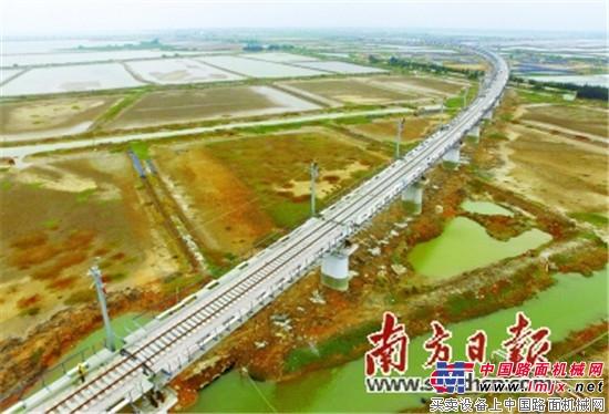 湛江东海岛铁路建设现场