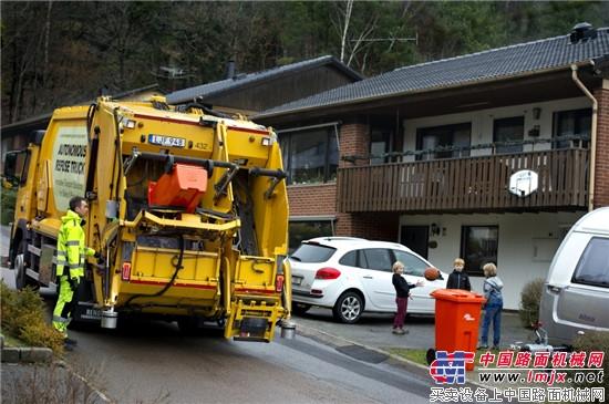 沃尔沃集团领先研发自动驾驶城市垃圾清运车