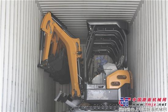 微型挖掘机远赴海外,恒特重工再迎发货高峰