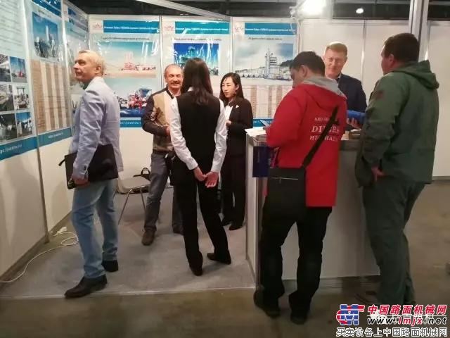 岳首筑机参展2017年俄罗斯莫斯科国际建筑及工程机械展