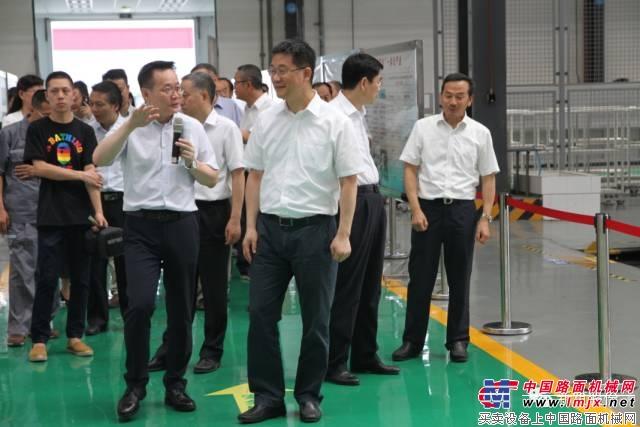 四川省政协副主席张雨东调研新筑轨道交通产业