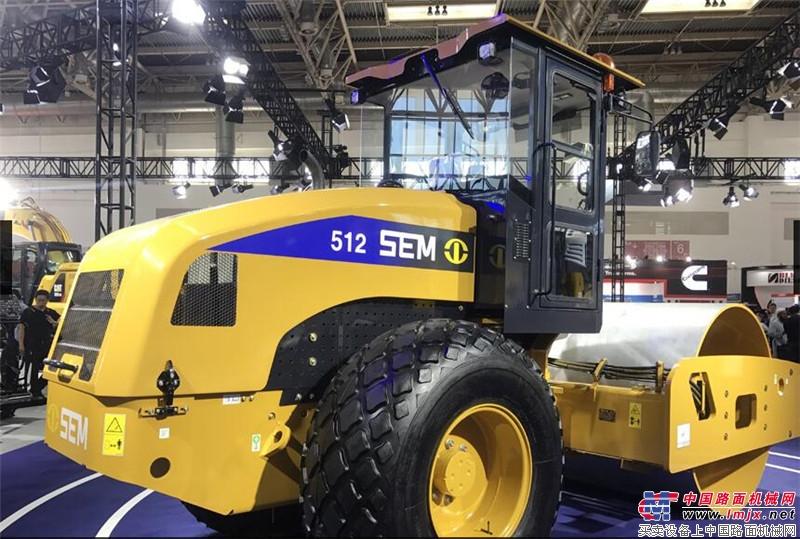 山工機械SEM 512壓路機