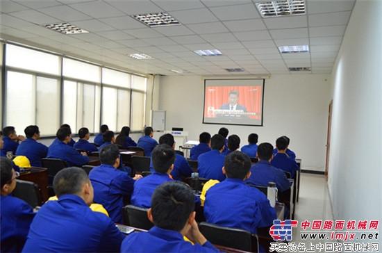 实现中华民族伟大复兴中国梦的新征程,书写出一篇篇精彩的中国故事.