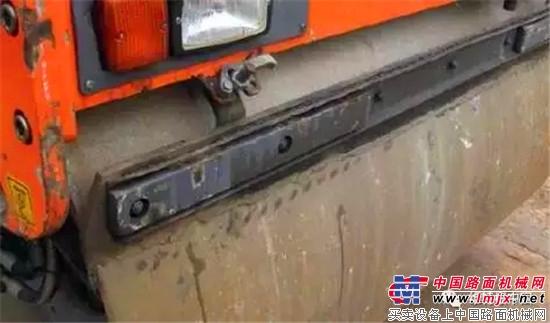 如何减少悍马压路机钢轮的磨损