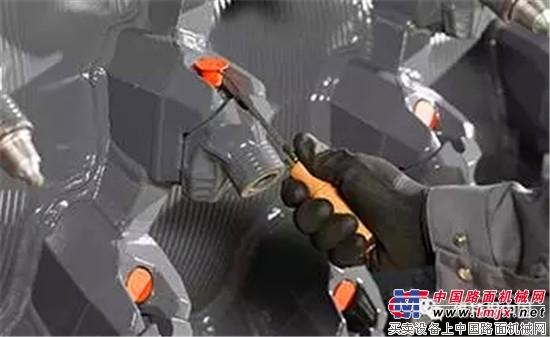 维特根 HT22 刀座的更换