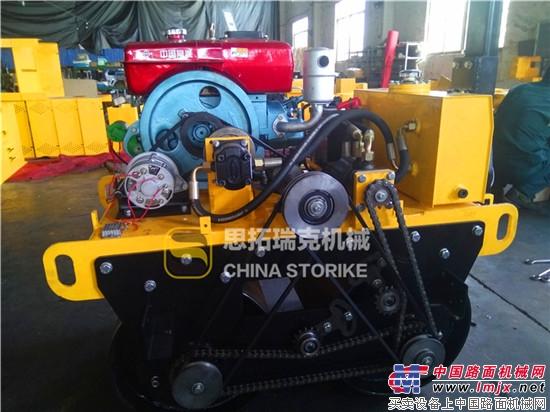 冬季购买水冷柴油小型压路机的用户请注意!!