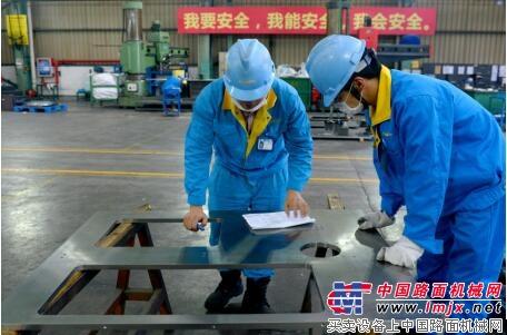江苏大明牛奶灌装设备配套加工打破国外垄断