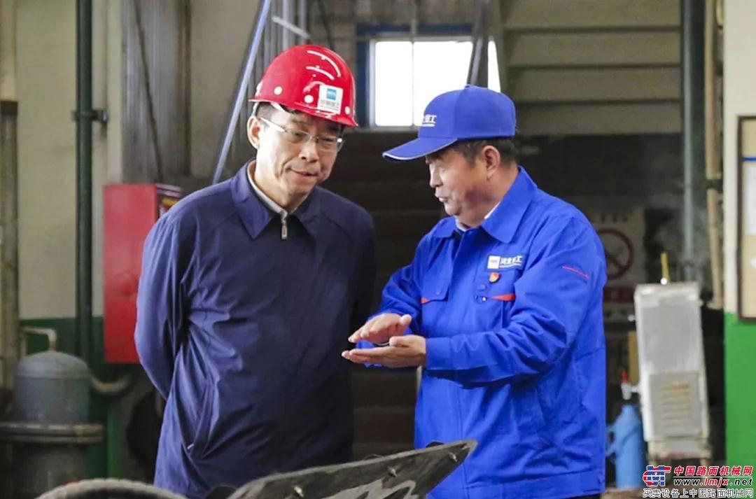 省国资委党委书记、主任吕志成到河北宣工调研指导工作