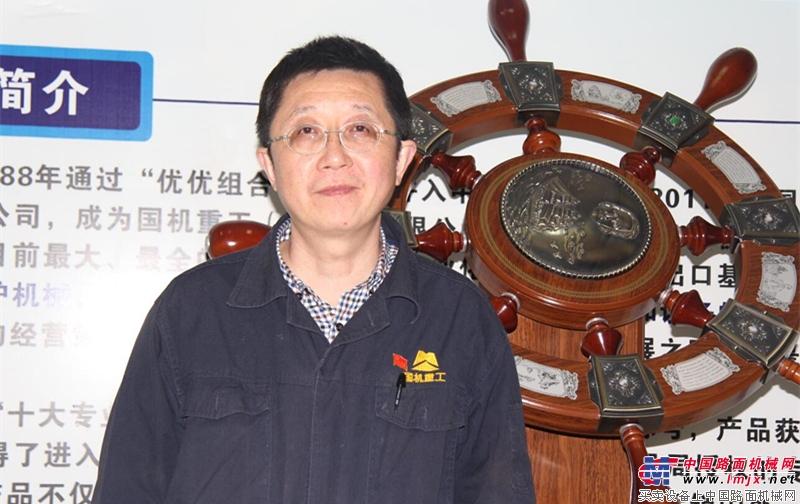 国机重工智能遥控压实机开启中国环卫事业新时代