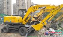 宝鼎:轮式挖掘机买齿轮泵的好还是柱塞泵的好?