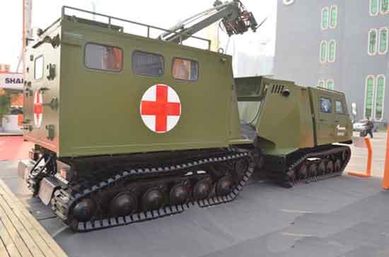 詹阳动力全地形履带式医疗救援车