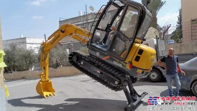 柳工全新小型机械亮相以色列