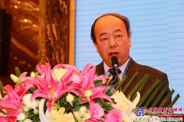 中国工程机械工业协会装修与高空作业机械分会王东红
