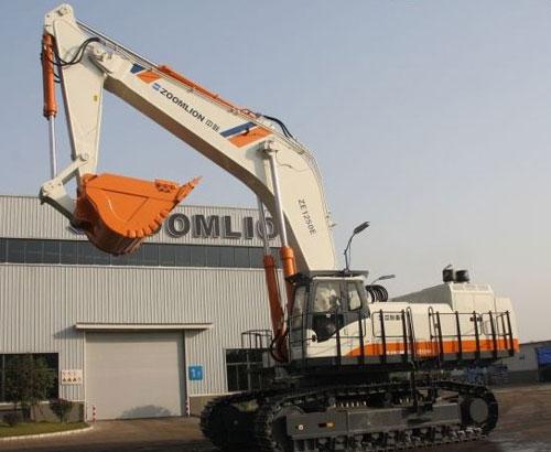 中联国产中大吨位履带式液压挖掘机ZE1250E
