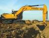 现代R225L VS挖掘机