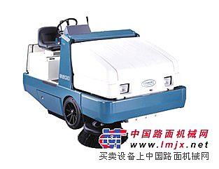 驾驶式扫地机6400