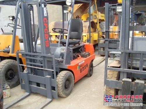 上海液压车、堆高车、电动堆高车、内燃叉车维修及销售