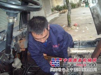 上海浦东新区叉车维修回收-汽车吊维修-堆高机维修