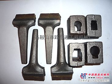 供应特雷克斯RS800稳定土拌和机刀头、刀库生产厂家