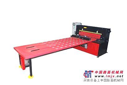 厂家供应送料方便剪切省力高精度优质剪板机