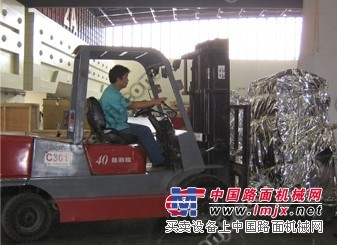 上海浦东新区叉车出租-重件运输-康桥牵引车、随车吊出租