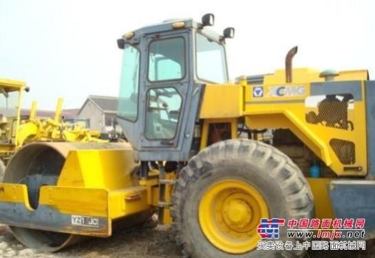 【精彩荟萃】菏泽二手18吨压路机::柳工二手20吨压路机