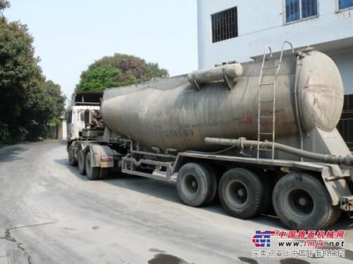 11辆散装水泥运输车转让