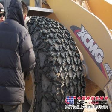 我公司销售轮胎保护链/装载机防滑链及破碎锤