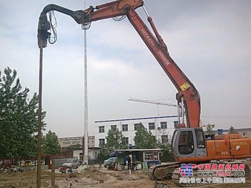 打桩机旋挖钻出租钢板桩施工液压振动锤出租