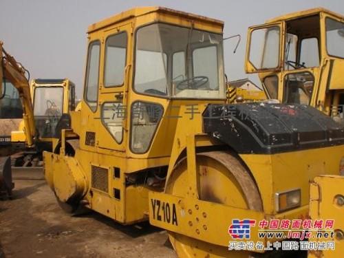 来电咨询洽谈: 抚顺二手徐工10吨/12吨双钢轮压路机价格