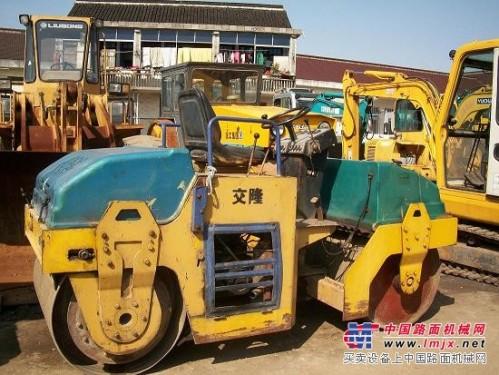 低价出售二手徐工3吨双钢轮压路机,草坪压路机,