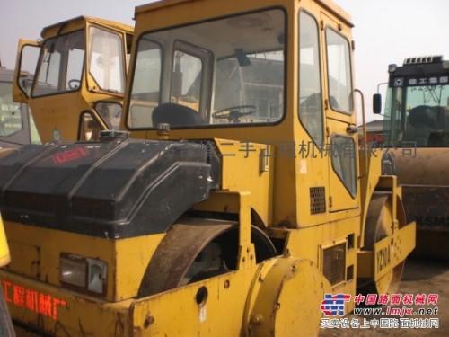 楚楚动人——二手徐工10吨双钢轮压路机,特价二手压路机