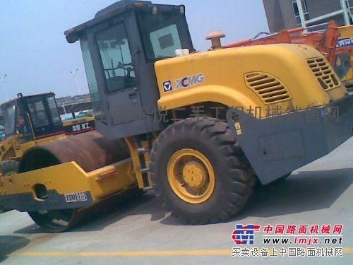 供应(二手18吨振动压路机)(二手徐工18吨压路机)