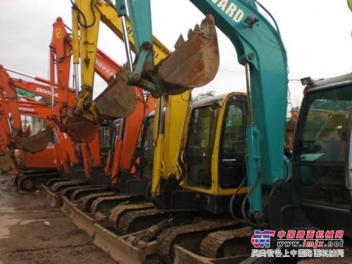 提供北京二手挖掘机市场(上海二手70日立新款挖掘机价格)