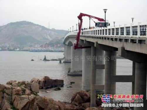 出租深圳西乡高空车租赁公司、深圳龙华高空路灯检测车出租