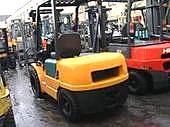 上海松江区电瓶叉车回收、电动叉车回收