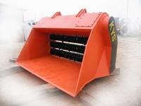 供应在水利工程、河堤建设中应用KYS牌筛分破碎铲斗的应用