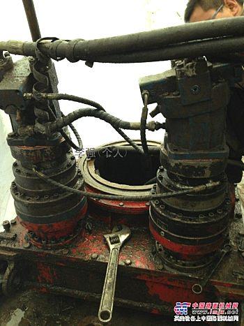 专业维修旋挖钻机的减速机及配件更换