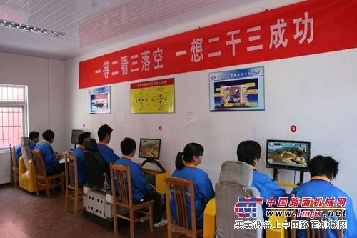 浙江挖掘机培训